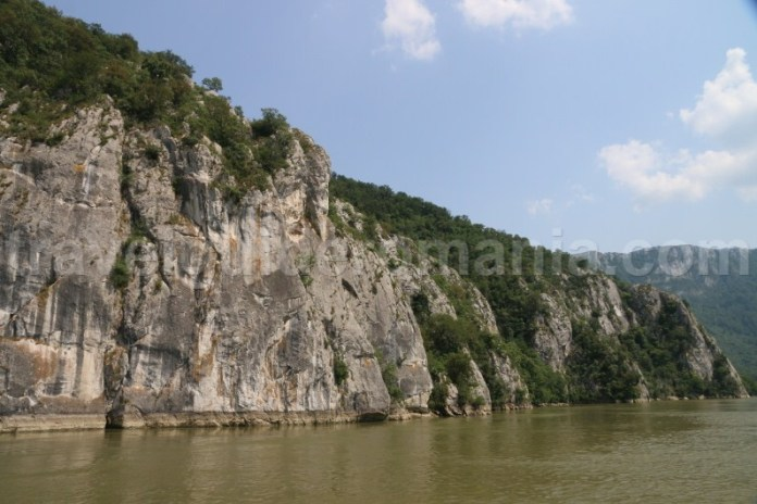 destinatii-turistice-din-romania-cazanele-dunarii