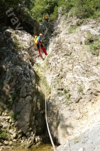 Ghid montan autorizat - Canyoning pe Valea Oratii