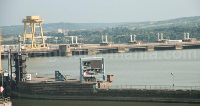 hidrocentrala-de-la-portile-de-fier-construita-pe-fluviul-dunarea