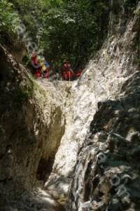 Romania turistica - canionul din Valea Oratii - Podu Dambovitei