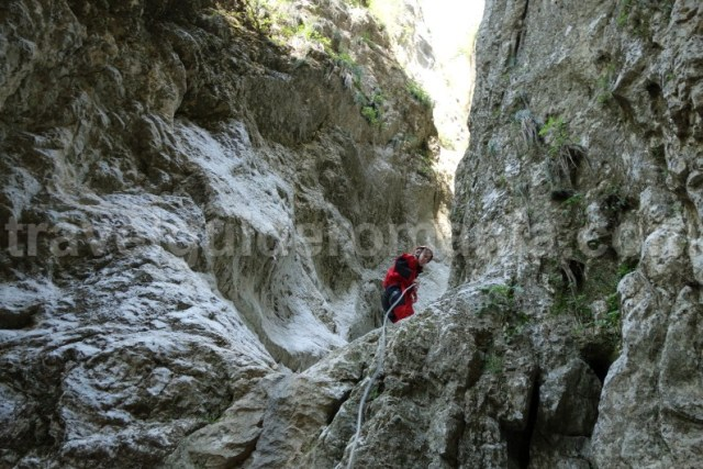 Sporturi montane in Romania - canyoning