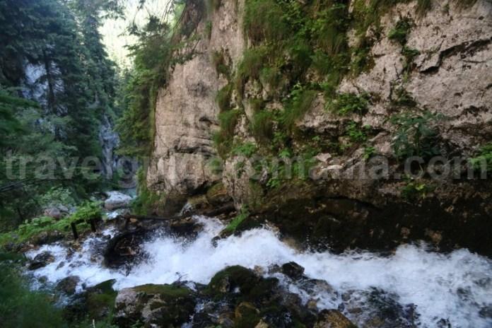 masivul-bucegi-trasee-turistice-montane