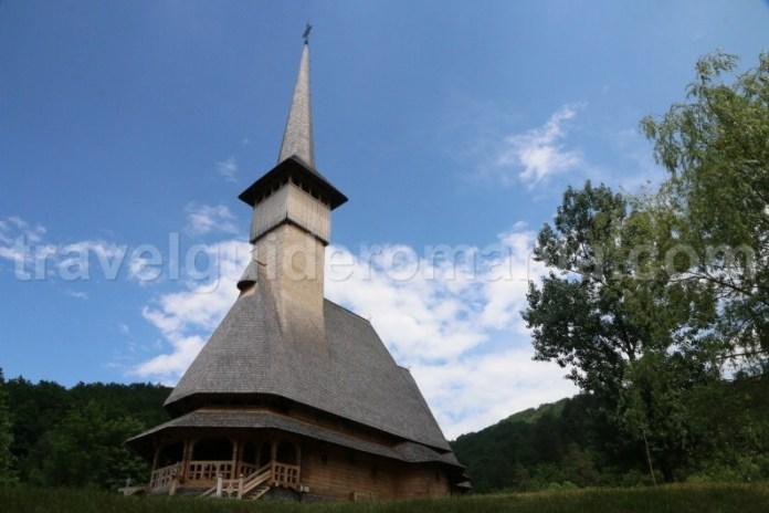 biserica-manastirii-barsana-maramures-romania