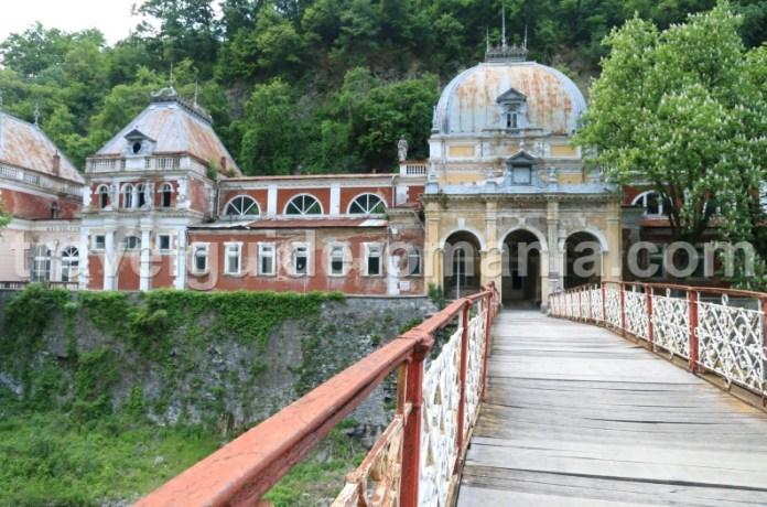 Top destinatii turistice din Romania - Valea Cernei