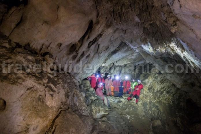 Obiective turistice din Harghita - Pestera Sugo