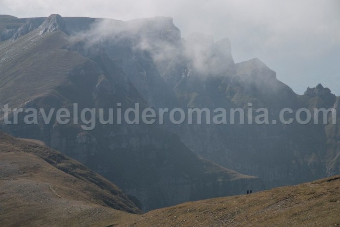 Excursii organizate cu ghid montan in muntii Bucegi