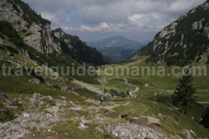 Traseu Cabana Malaiesti - muntii Bucegi