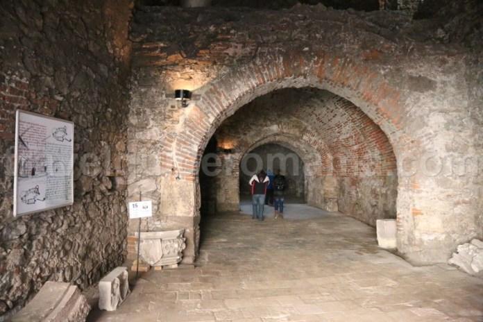 Excursii culturale in Romania - Castelul Corvinilor