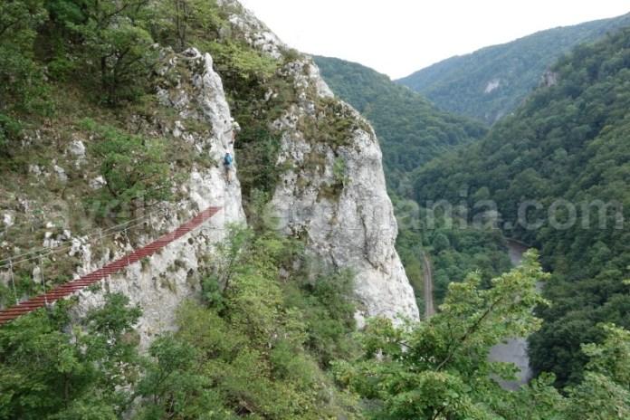 Cele mai frumoase locuri din muntii Apuseni - via ferrata Vadu Crisului