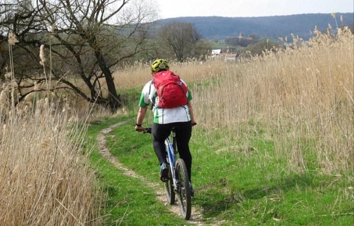 bicicleta poteca bunesti crit colinele transilvaniei
