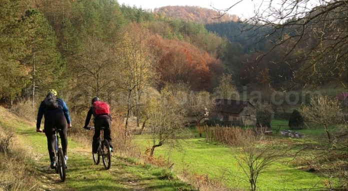 biking cheile stramturii rosia mtb Padurea Craiului Apuseni