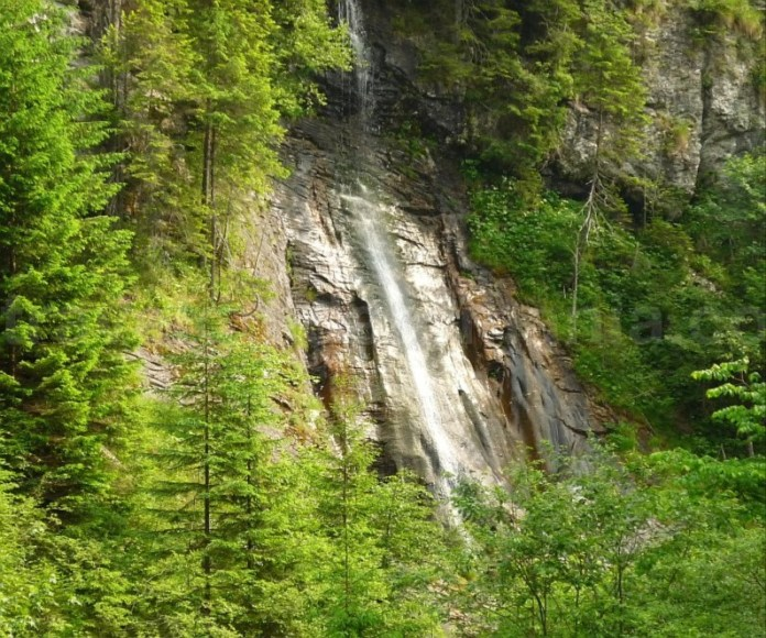 muntii latoritei apa spanzurata mountain-biking