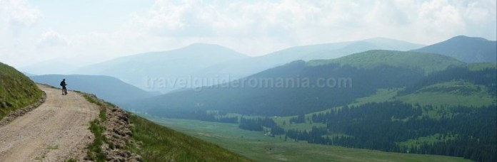 muntii latoritei drumul strategic mountain-biking