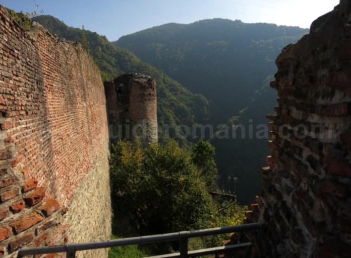 cetatea lui Tepes poienari transfagarasan