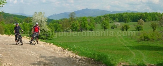 Parcul National Cheile Nerei-Beusnita stancilova mountain-biking