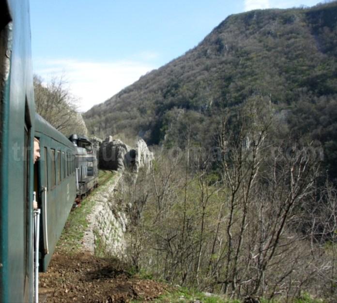 linia-ferata-montana-anina-oravita-cheile-garliste