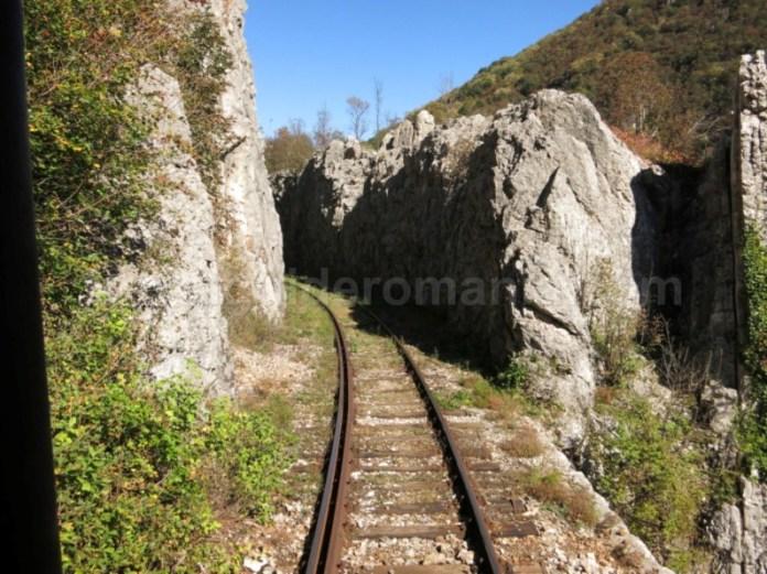 linia ferata montana anina oravita taietura stanca