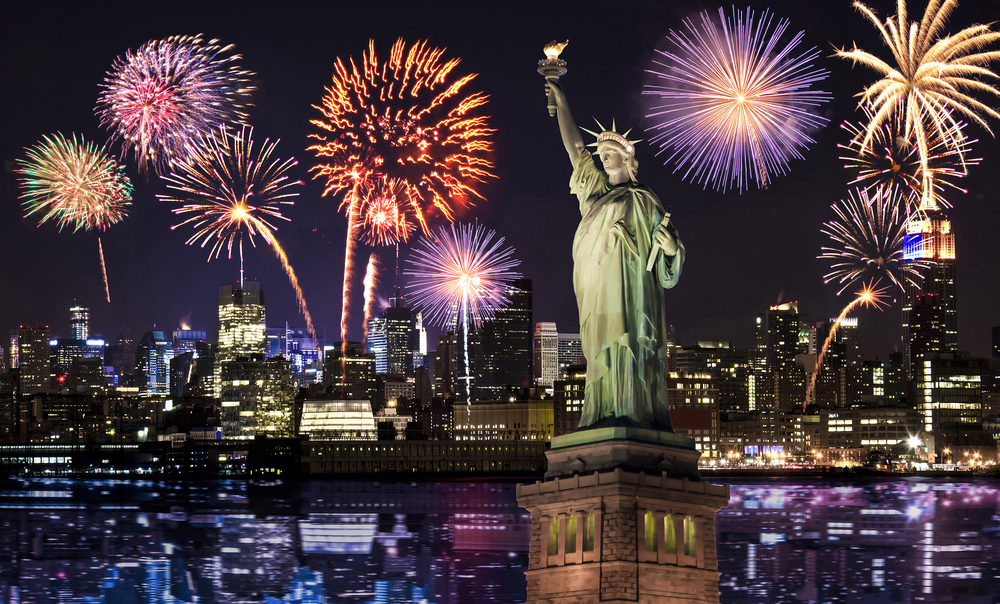NYC 4th Of July BBQ Picnic And Fireworks Cruise