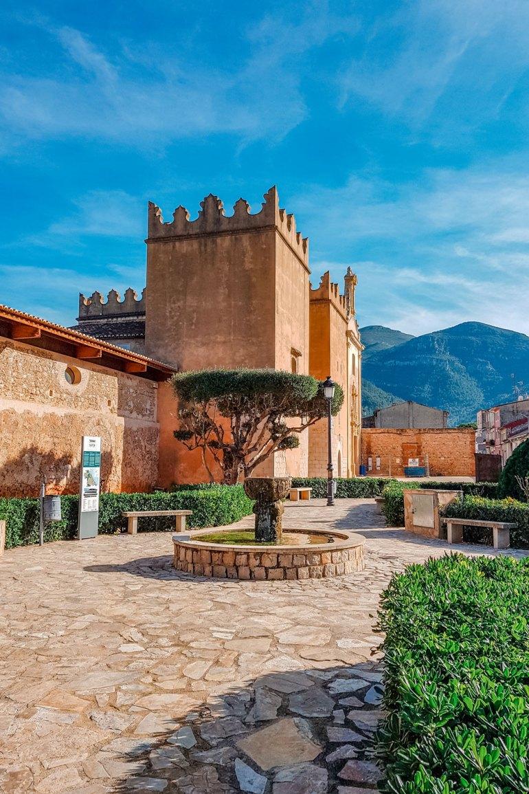 Monastery of Santa Maria de la Valldigna - Entrance