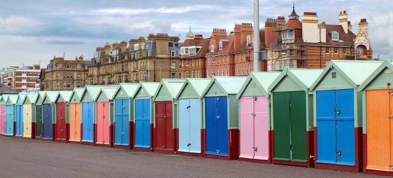 Day Trips from London by train : Brighton beach