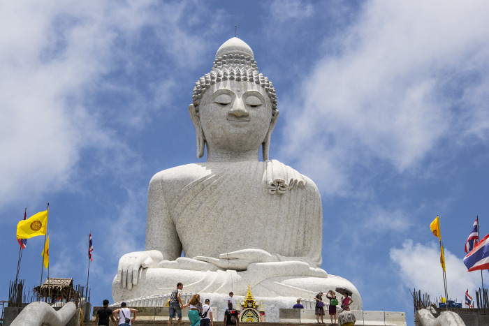 Top Phuket Tours : Big Buddha, Phuket Town and Wat Chalong.
