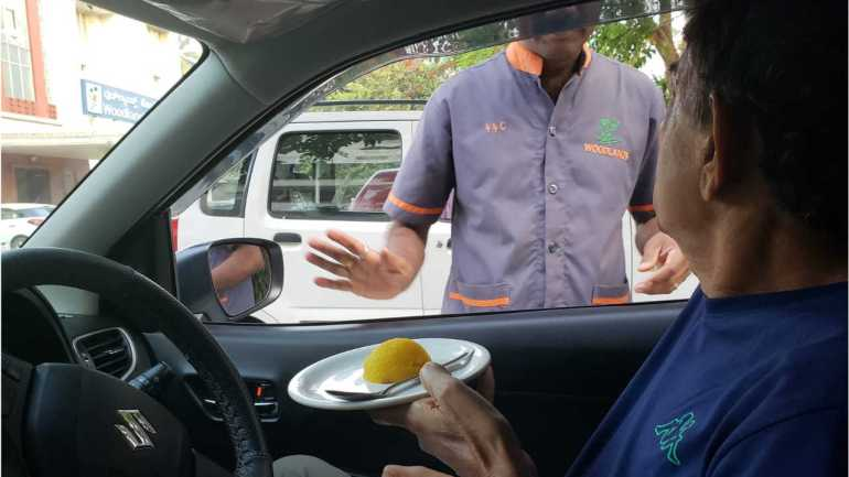 Things to do in Mangalore - Enjoy a drive-in breakfast at Woodlands Hotel, Mangalore