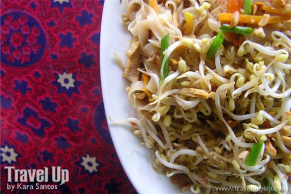 green earth naga city vegetarian pad thai