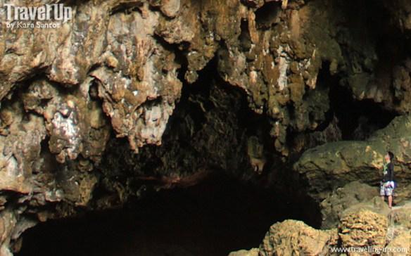 itbayat batanes torongan cave zoom