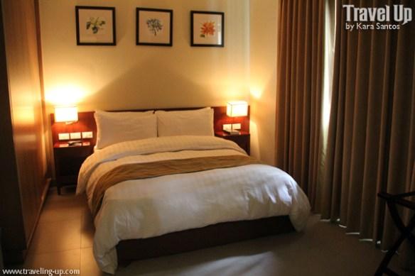 azalea residences baguio master's room