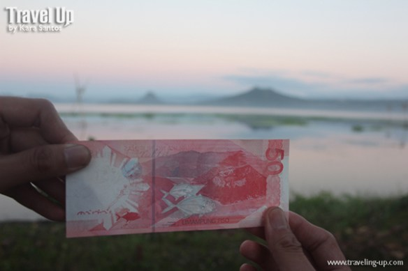 sidequest 50 peso bill with Taal Volcano TravelUp