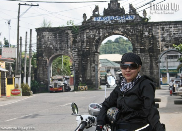 motorcycle pagsanjan arch travelup