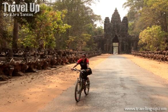 biking cambodia angkor archaeological park angkor thom gate