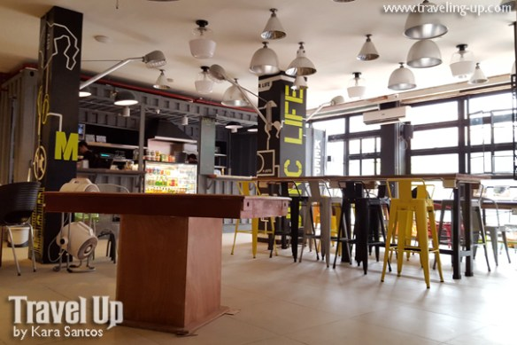 junction hostels makati 11 co-working space