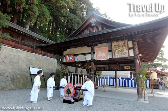takayama autumn festival japan traditional costumes