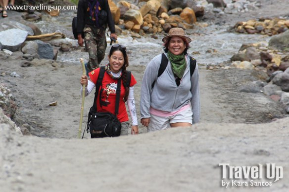 hiking mt. pinatubo trail