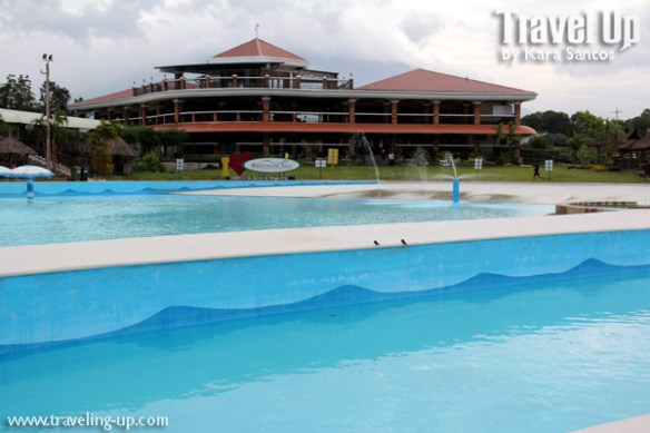 haciendas de naga wave pool