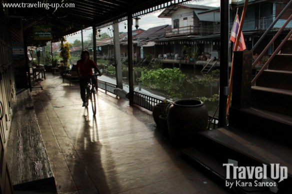 bicycle amphawa thailand thanicha resort early morning