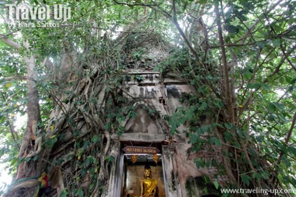 day 3 wat bang kung temple thailand