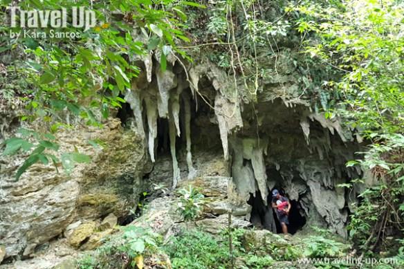 03-lobo-cave-jiabong-samar-entrance