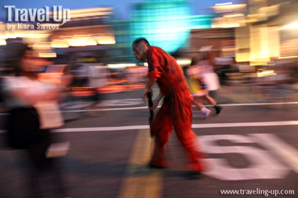 universal-studios-japan-street-zombies-3