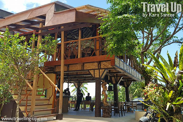 Road trip restaurants along marilaque travel up for Sierra madre swimming pool sierra madre ca