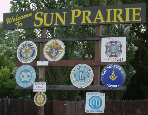 welcome to Sun Prairie sign