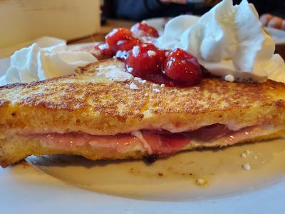 Julie's Park Cafe – The Tastebud Satisfying Experience