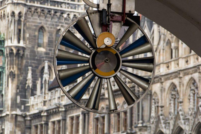 Traveling Debby - Quattro giorni a Monaco - neues rathaus ruota