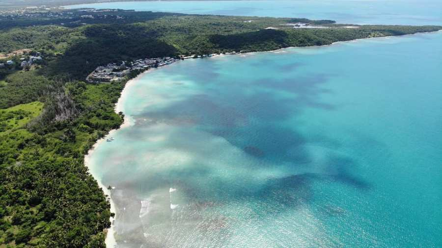 Puerto-Rico-eases-lockdown-restrictions-and-reopen-beaches