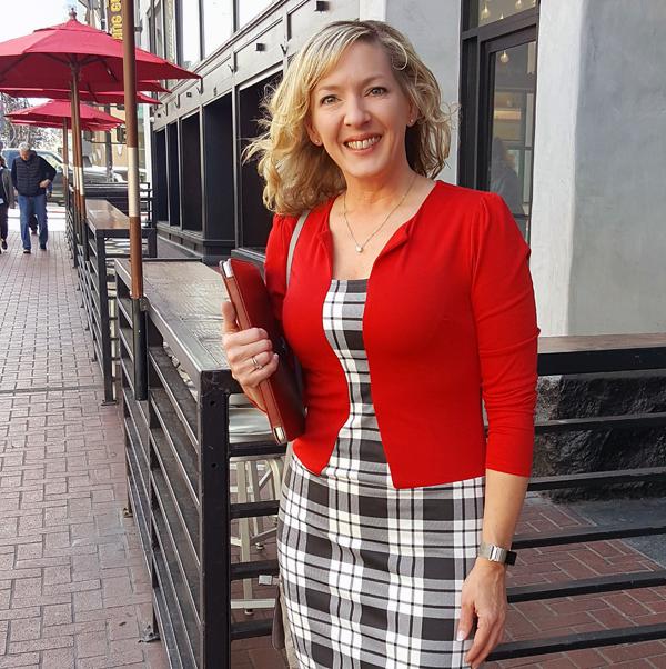 Low Carb Traveler aka Lynn Terry in San Diego