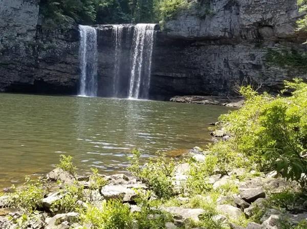 Hiking the base of Cane Creek Falls