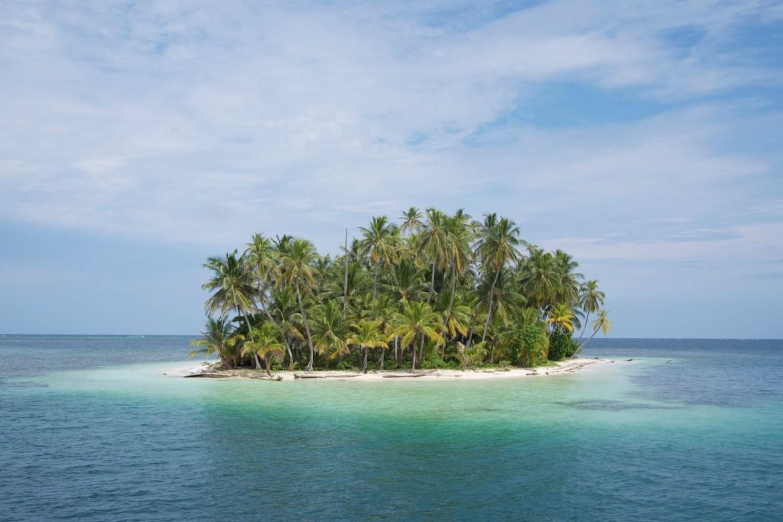 Karibikinsel zwischen Panama und Kolumbien