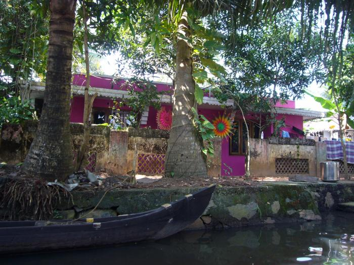 backwaters-kanal-pinkhouse