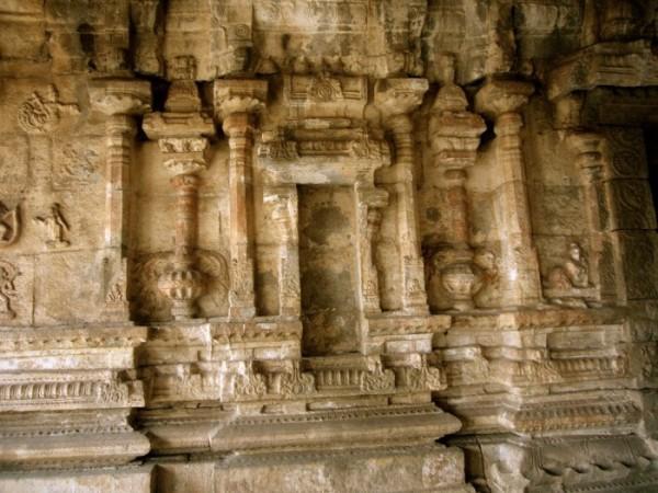 hampi-temple-3